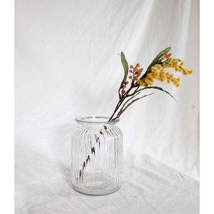 Accents - rounded ribbed vase